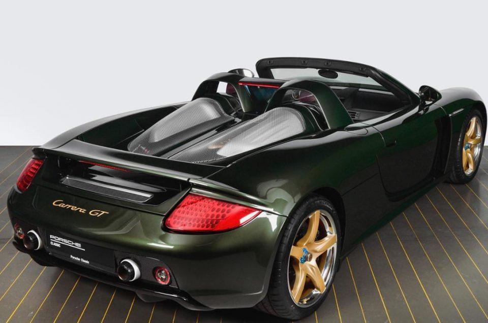 Porsche restores Carrera GT with bespoke paint finish