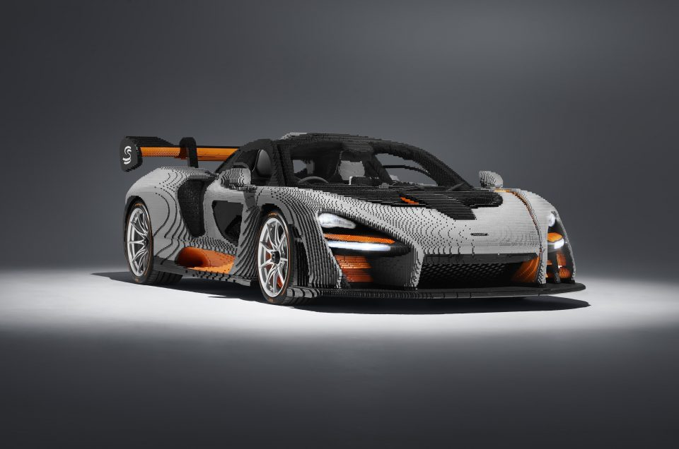 Lego builds McLaren Senna from nearly half a million bricks