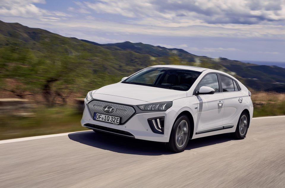 Hyundai Ioniq upgraded with more tech and improved electric range