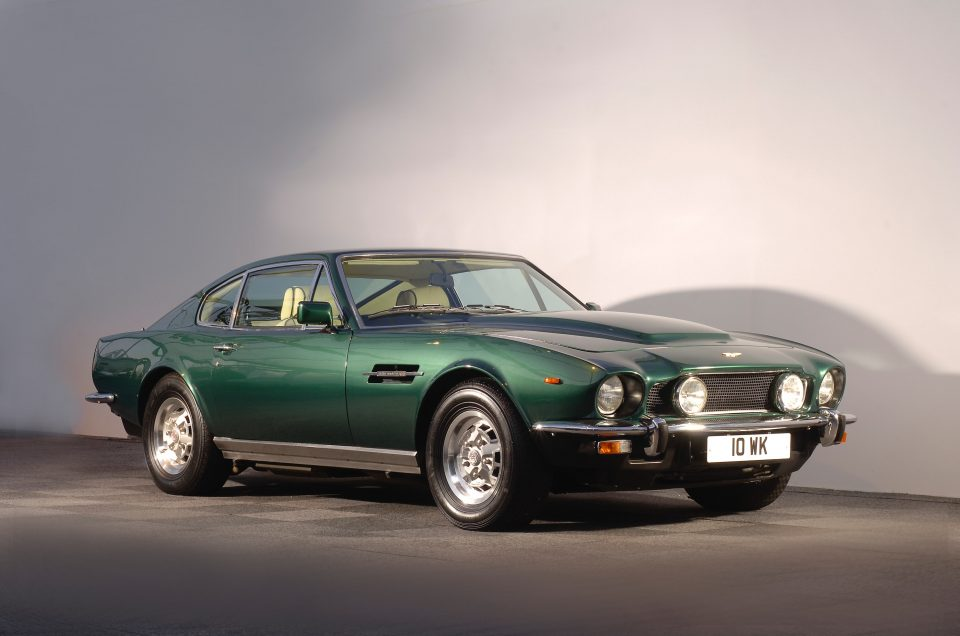James Bond to drive classic Aston Martin in new film